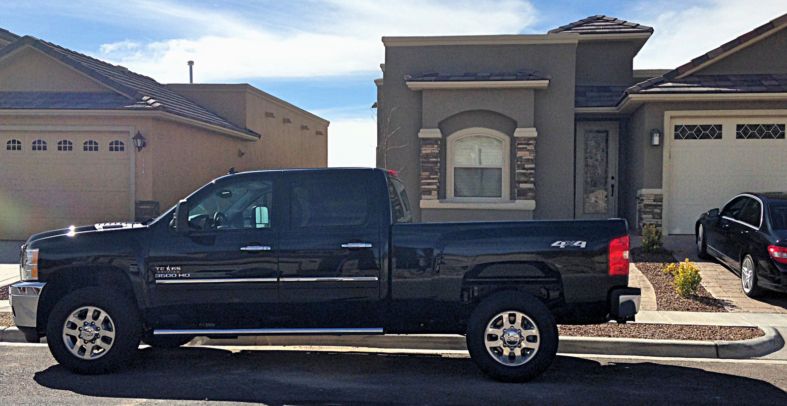 Picture of 2014 Chevrolet Silverado 3500HD LT Crew Cab 4WD