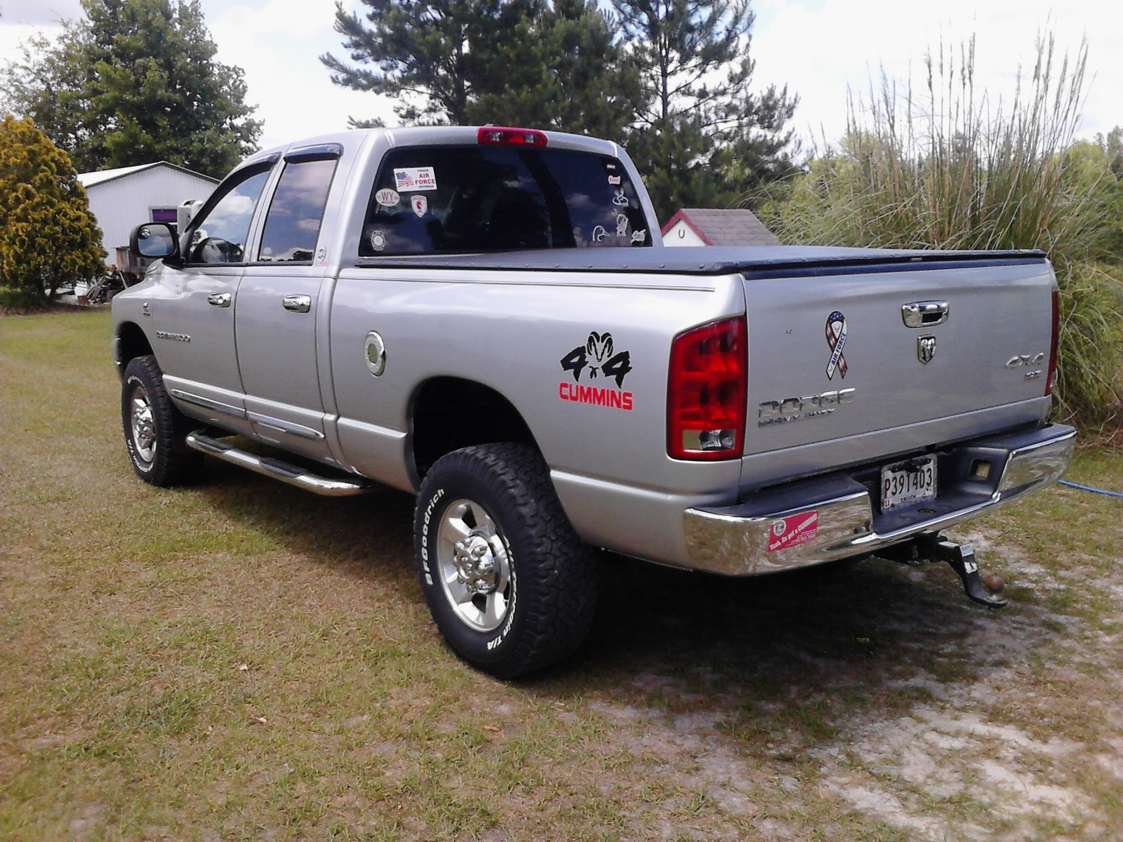 2006 dodge ram pickup 2500 overview cargurus. Black Bedroom Furniture Sets. Home Design Ideas