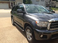 Picture of 2011 Toyota Sequoia SR5 5.7L 4WD, exterior, gallery_worthy