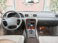 Picture of 1995 Infiniti J30 4 Dr STD Sedan, interior