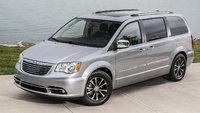 2015 Chrysler Town & Country, Front-quarter view, exterior, manufacturer