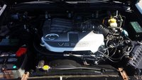 Picture of 2002 Nissan Pathfinder LE, engine