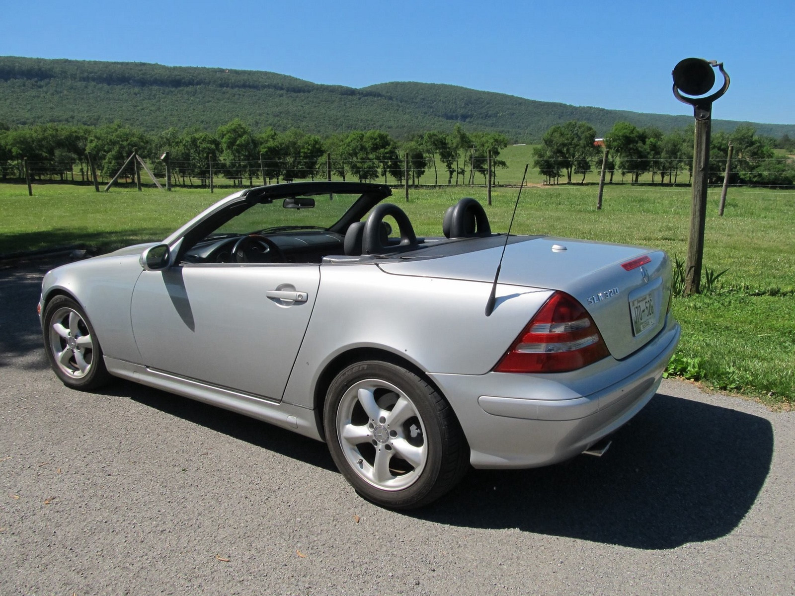 2002 mercedes benz slk class pictures cargurus. Black Bedroom Furniture Sets. Home Design Ideas