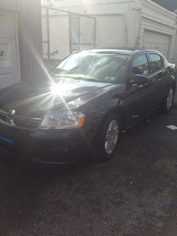 Picture of 2014 Dodge Avenger SE