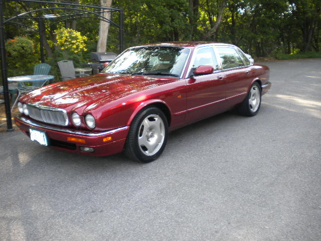 Picture of 1995 Jaguar XJR 4 Dr Supercharged Sedan