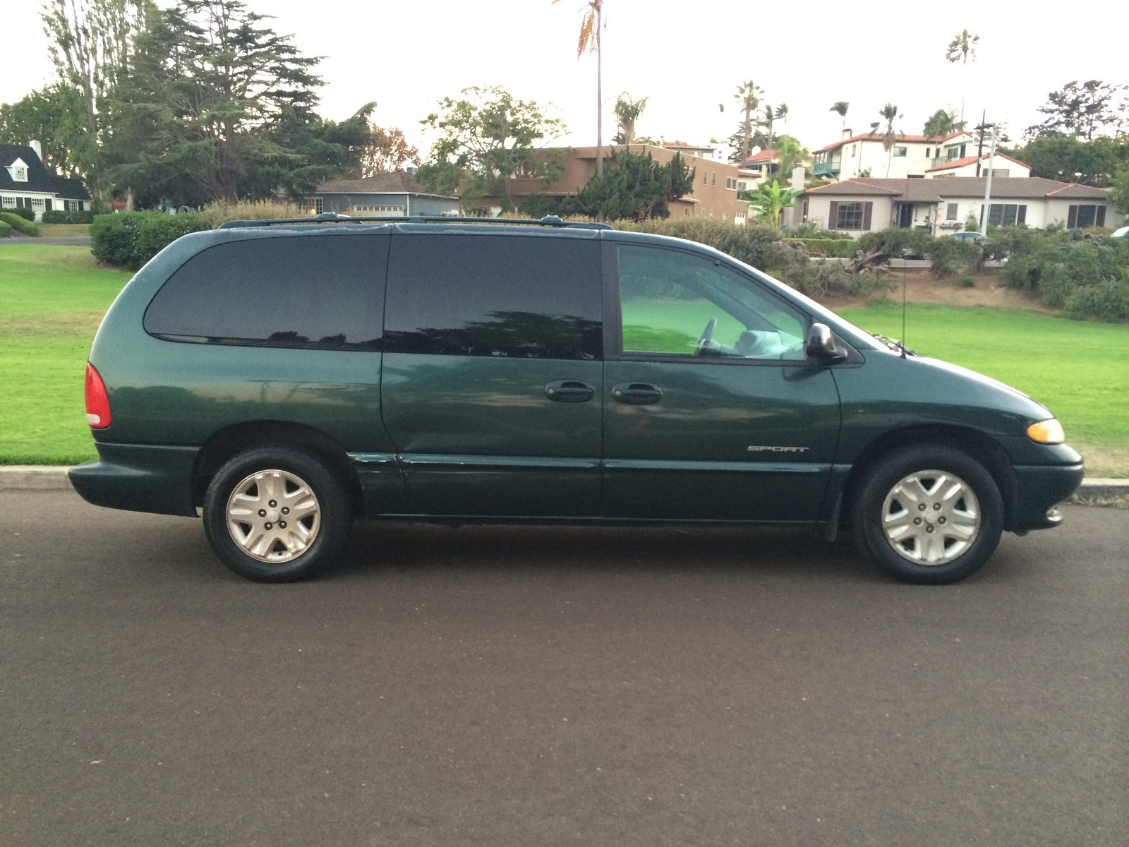 Picture of 1998 Dodge Grand Caravan 4 Dr STD Passenger Van Extended