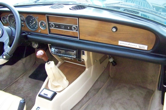 Picture of 1981 Fiat 124 Spider, interior