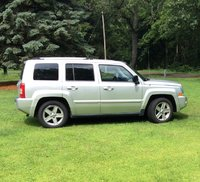 Picture of 2010 Jeep Liberty Limited, exterior