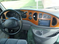 1997 Ford E-150 STD Econoline, Dash, interior