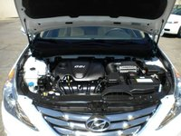 Picture of 2013 Hyundai Sonata Limited PZEV, engine