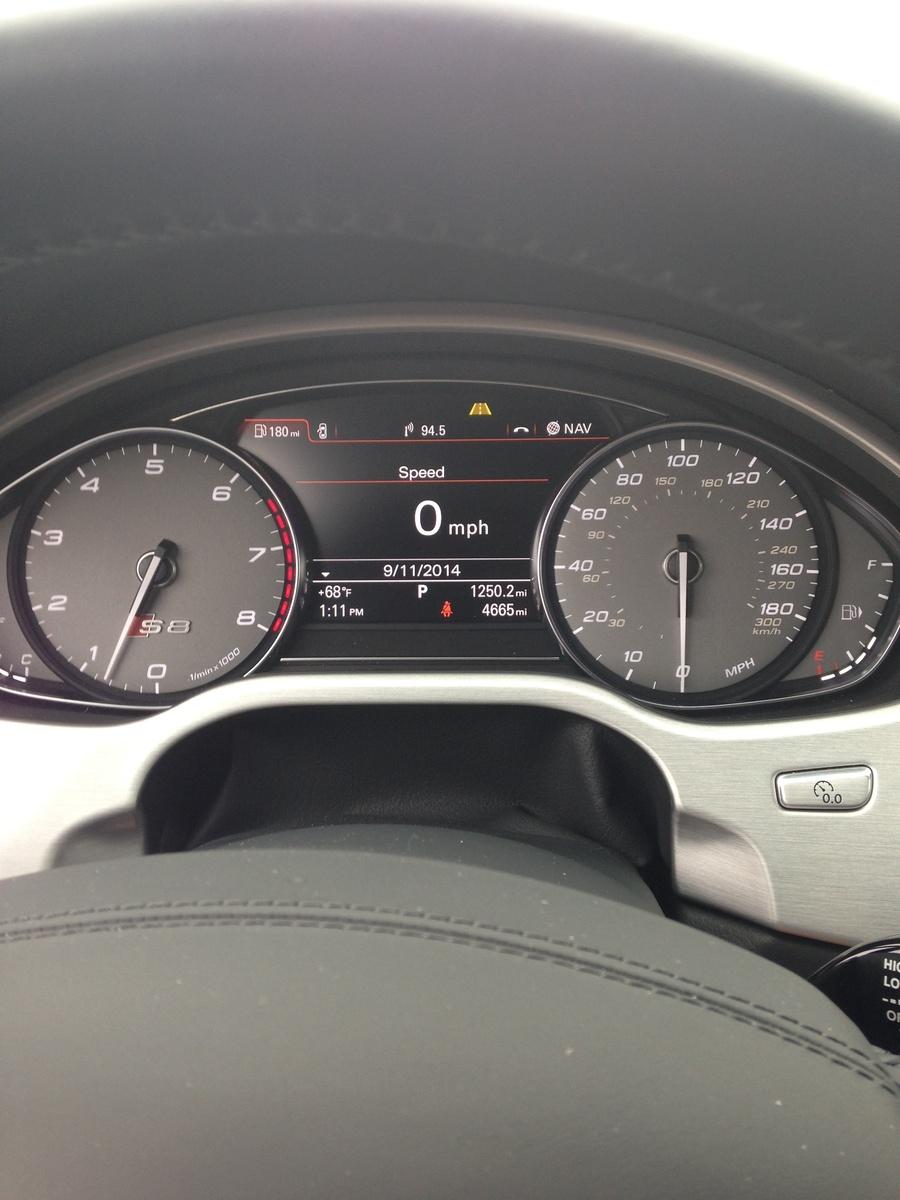 Picture of 2014 Audi S8 4.0T Quattro