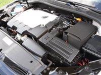 2010 Volkswagen Jetta SportWagen TDI picture, engine