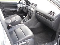 2010 Volkswagen Jetta SportWagen TDI picture, interior