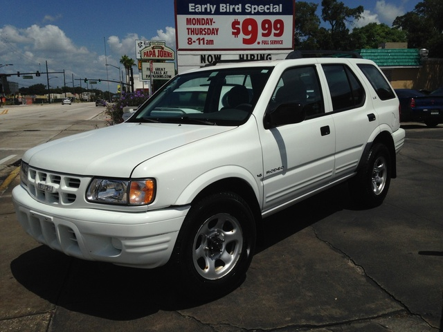 Picture of 2000 Isuzu Rodeo LS