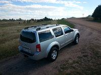 2005 Nissan Pathfinder LE 4WD picture, exterior