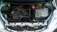 Picture of 2012 Toyota Prius C Four, engine