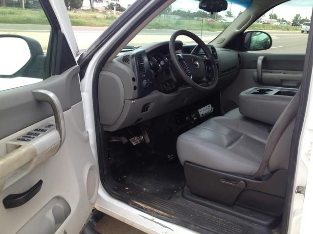 2013 chevrolet silverado 3500hd overview cargurus autos post for 04 chevy silverado door panel removal