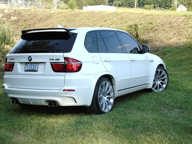 Picture of 2012 BMW X5 M