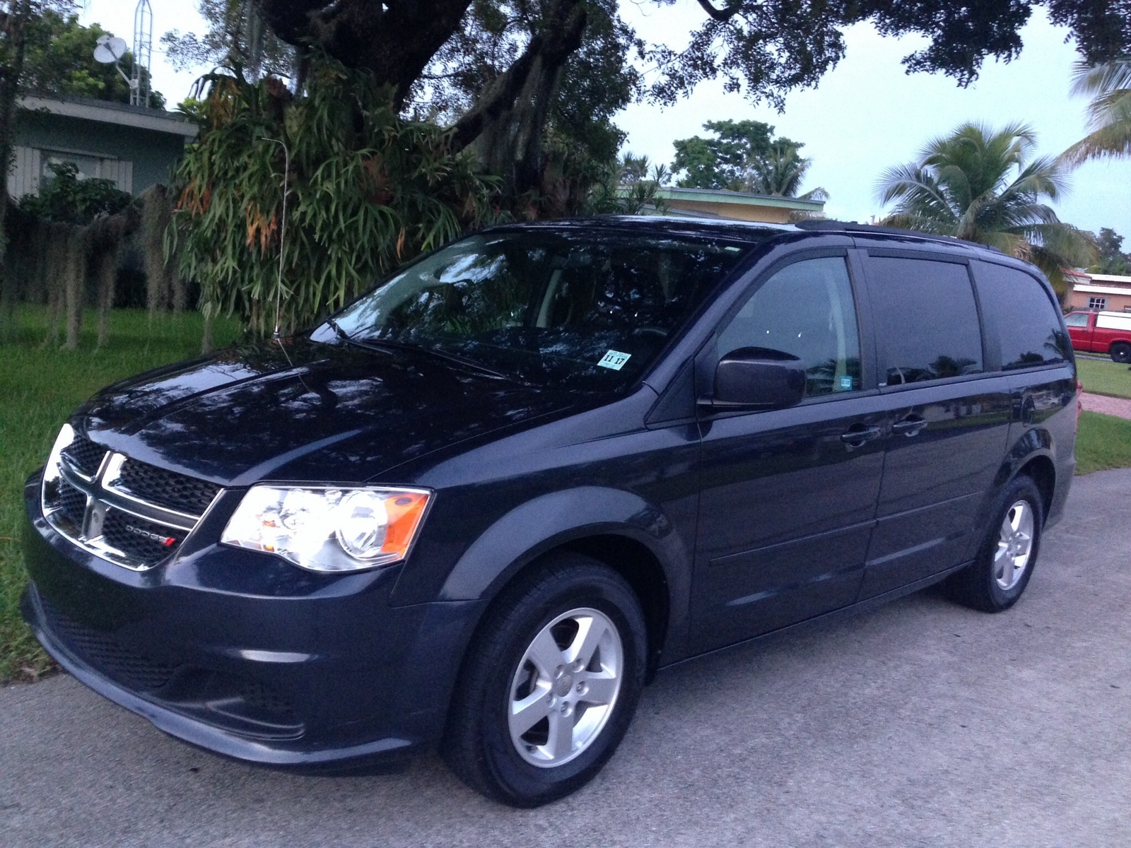 review 2013 dodge grand caravan is built to be a html autos weblog. Black Bedroom Furniture Sets. Home Design Ideas