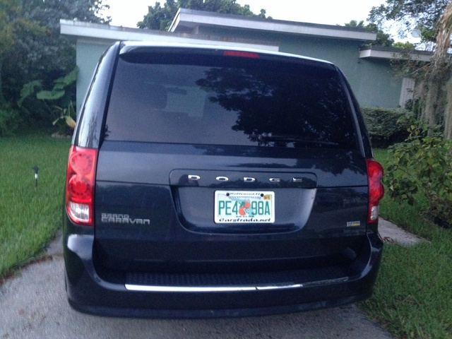 picture of 2013 dodge grand caravan sxt exterior. Cars Review. Best American Auto & Cars Review