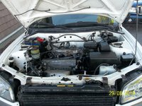 Picture of 2000 Toyota RAV4 Base 4WD, engine