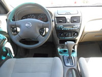 Picture of 2005 Nissan Sentra 1.8 S, interior