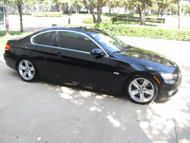 picture of 2007 bmw 3 series 335i coupe sosooo owns this bmw 3 series. Black Bedroom Furniture Sets. Home Design Ideas