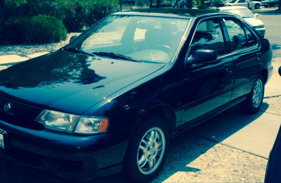 Picture of 1999 Nissan Sentra SE Limited
