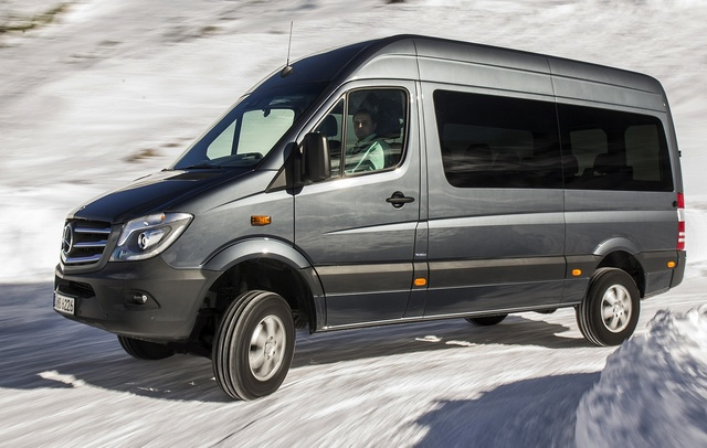 2015 Mercedes-Benz Sprinter, Front-quarter view of the European version, exterior, manufacturer