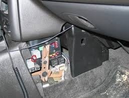 pic 5659265137052015530 1600x1200 saturn aura questions where is the location of the kill switch 2008 Saturn Vue Fuse Box Diagram at honlapkeszites.co
