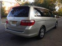 2005 Honda Odyssey EX-L w/ Nav and DVD picture, exterior