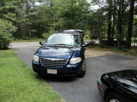 Picture of 2005 Chrysler Town & Country Signature Series, exterior