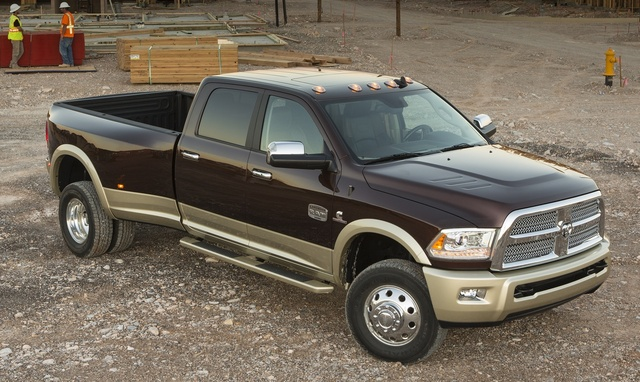 2015 Ram 3500, Front-quarter view, exterior, manufacturer, gallery_worthy
