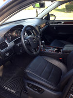 Picture of 2012 Volkswagen Touareg VR6 Executive, interior