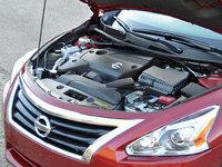 2015 Nissan Altima 2.5 SV 2.5-liter 4-cylinder engine, engine