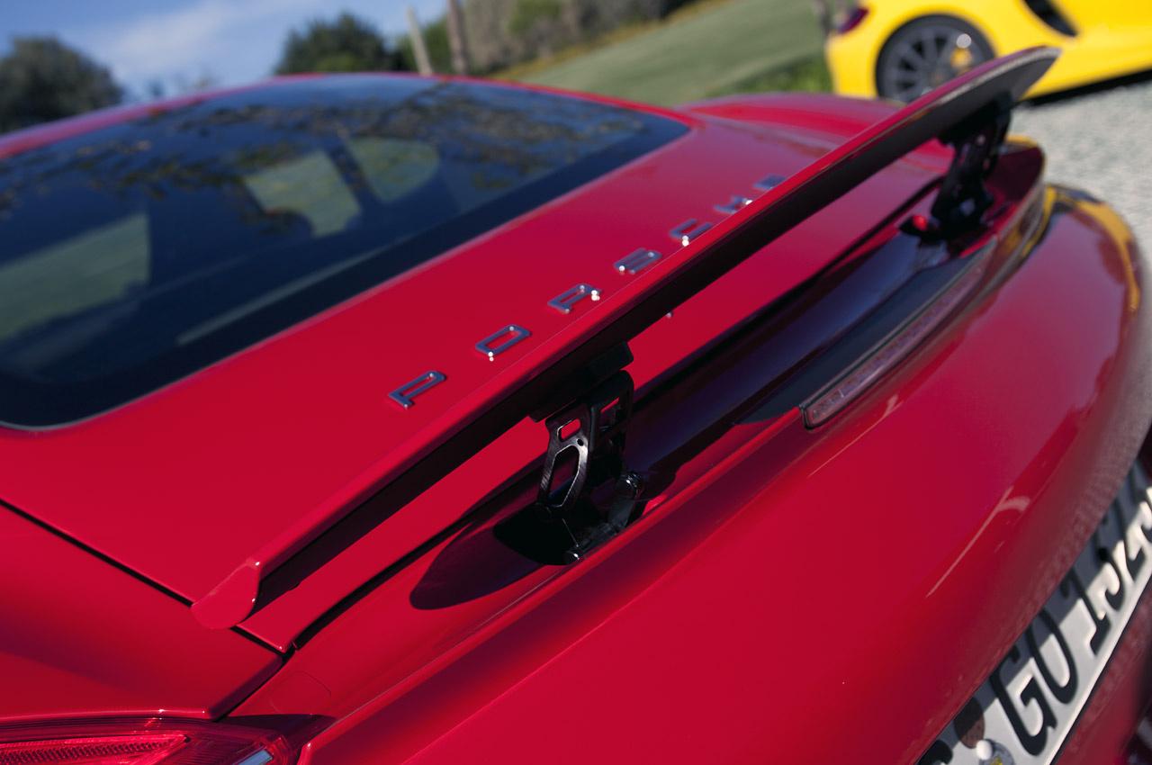 Picture of 2015 Porsche Cayman S