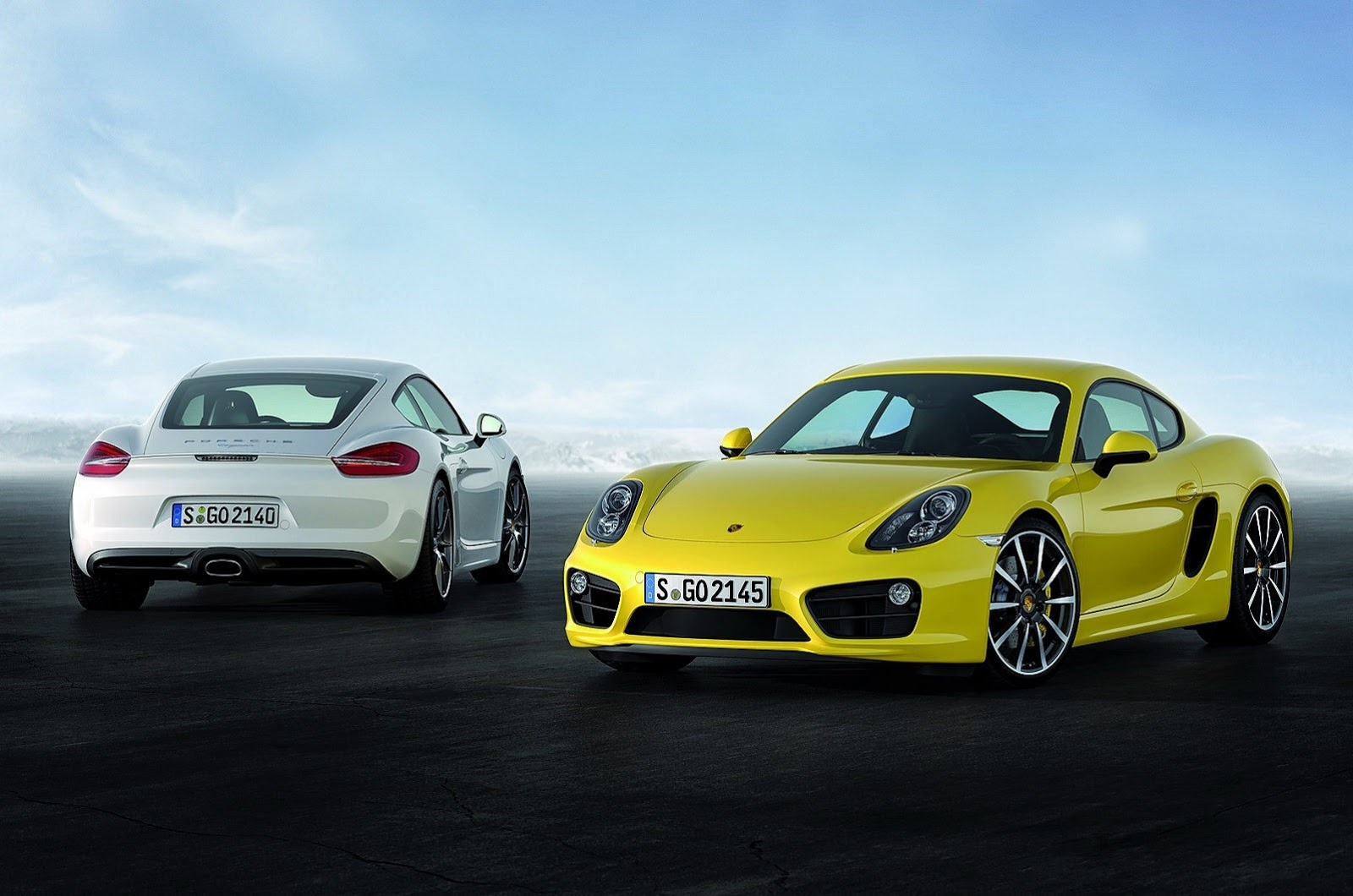 Picture of 2015 Porsche Cayman S