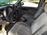 Picture of 2002 GMC Envoy 4 Dr SLE 4WD SUV, interior