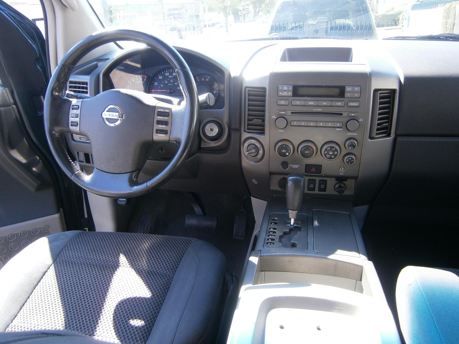 2004 Nissan Armada - Interior Pictures - CarGurus