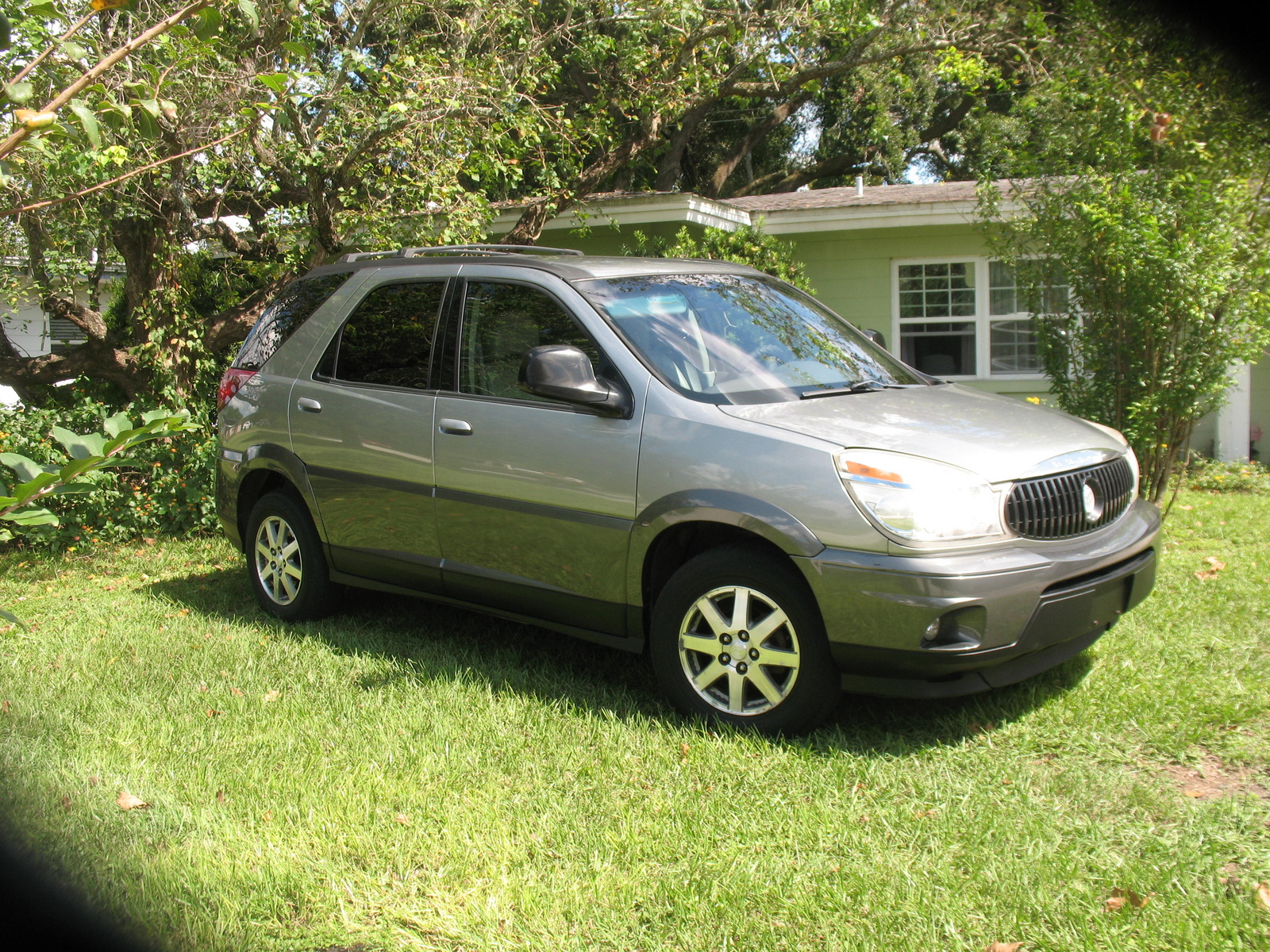 picture of 2004 buick rendezvous cx exterior. Cars Review. Best American Auto & Cars Review
