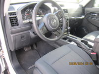 Picture of 2012 Jeep Liberty Sport, interior