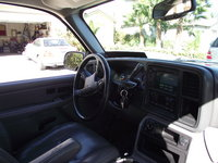 Picture of 2005 Chevrolet Tahoe LT 4WD, interior
