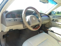 Picture of 2004 Lincoln Town Car Signature, interior