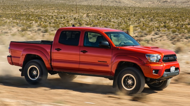 2015 Toyota Tacoma, Front-quarter view, exterior, manufacturer, gallery_worthy