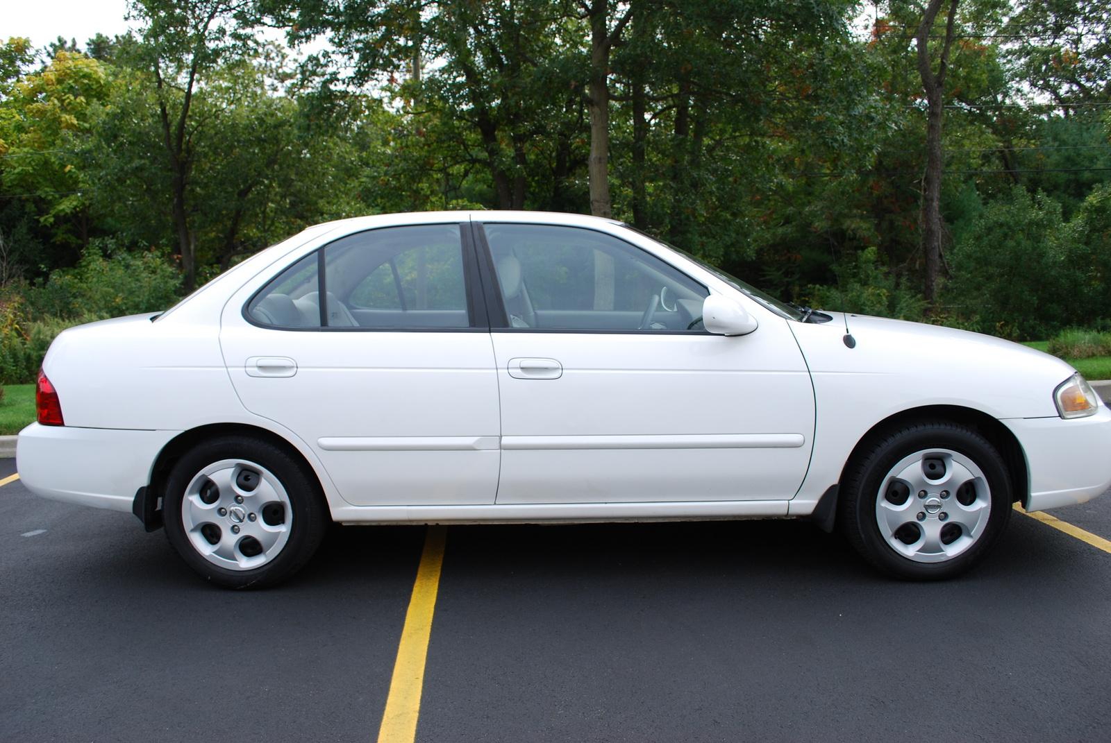 2004 Nissan Sentra Spec V Car And Driver Upcomingcarshq Com