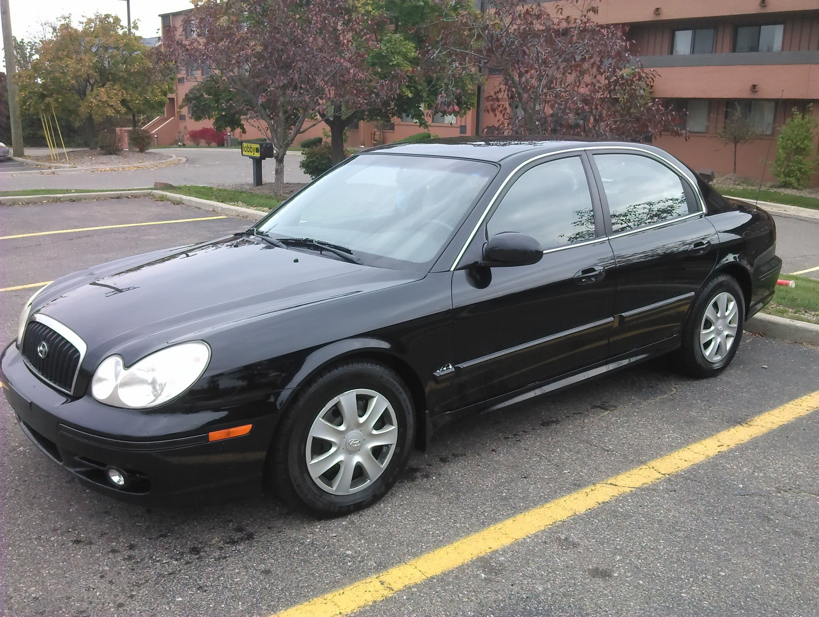 picture of 2003 hyundai sonata base exterior. Black Bedroom Furniture Sets. Home Design Ideas