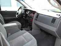 Picture of 2005 Dodge Durango Limited, interior