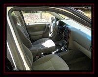 Picture of 2002 Saturn L-Series 4 Dr L200 Sedan, interior