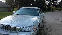 Picture of 2005 Lincoln Town Car Signature, exterior