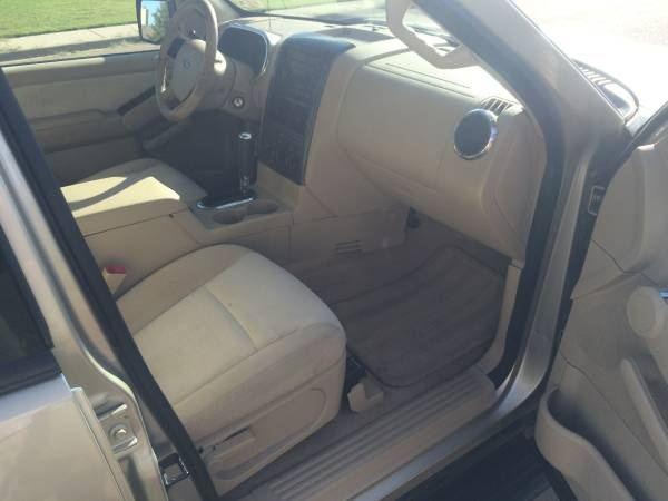 2006 ford explorer pictures cargurus
